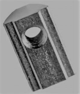 Nutenstein M8 mit Steg