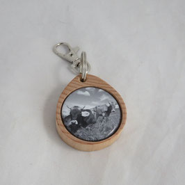 Schlüsselanhänger aus Holz   mit Kuh Schwarzweis
