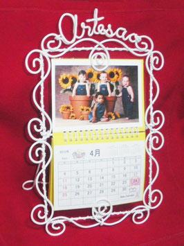 ワイヤースタンドカレンダー (Photo Calendar Wire Stand)