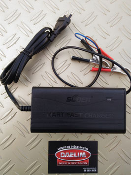 chargeur de batterie auto / moto 12v