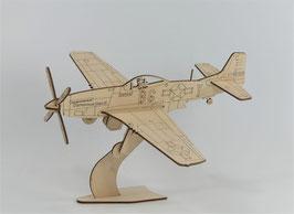 1940 P-51D Mustang Glamorous Glen III