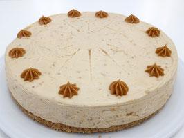 Cheesecake con dulce de leche, Baileys y avellanas