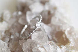 Solitaire Twisted Ring in silber