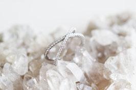 Petit Criss Cross Ring in silber