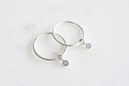 AMANDA Hoop Earrings in Silber
