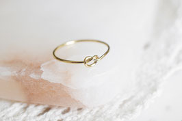 AMINA Knot Ring
