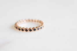 Black Stones Ring in roségold