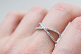 Petit Criss Cross Ring in silber