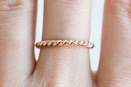 Rose Gold Twisted Ring