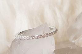 CINDY Tiny Zirkon Alliance Ring in Silber