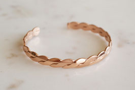 Twisted Rosegold Bangle