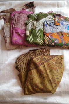 Lot n°1 de 5 jupes en soie pour la couture