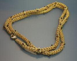 Lange Goldkette, handgefädelt
