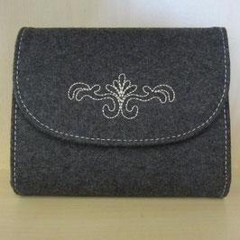 Handtasche aus Lodenmaterial