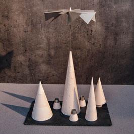 Lichtspiele Set weiß P3, B1 mit Rillen, B2 glatt, B4 mit Struktur, kleine Schieferplatte, 3 Kerzenhalter
