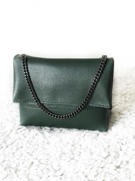 Perfect leather bag green