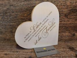 Das erste ist die Familie | Herz aus Ahorn | eingravierter Spruch | Holzherz | Geschenk