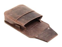 Breite Kellnertasche aus pflanzlich gegerbtem Leder
