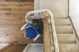 Kurven-Treppenlift