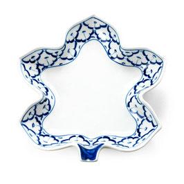 Thai Porzellanteller (Ahornblatt) mit blau weißem Muster