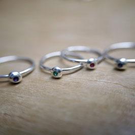 Collection EGRENE - bague ornée d'une pierre précieuse ou fine -