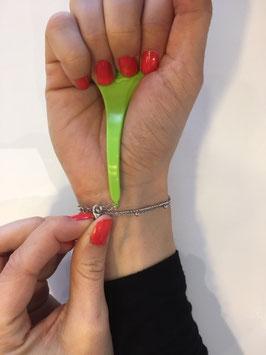 accroche bracelet vert anis