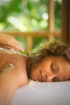 Full Body Scrub, 1hr Relaxing Massage and Rose Oil Facial