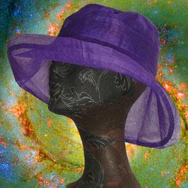 Violetter Sonnenhut aus Organdy