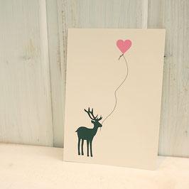 Postkarte / Klappkarte mit seitlichem Hirsch und Herzballon