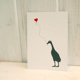 Postkarte / Klappkarte mit Laufente und Herzballon