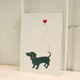 Postkarte / Klappkarte mit Dackel und Herzballon