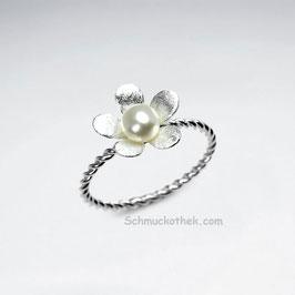 Blume mit Perle Ring