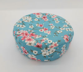 Yoga/Sitzkissen klein,  hellblau mit Blumen