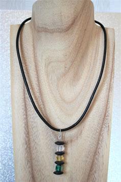 Lederkette mit Kristallschliff-Würfeln und Onyx-Scheiben