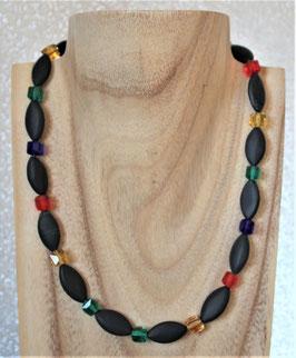 Onyx-Kette mit bunten Kristallschliffwürfeln