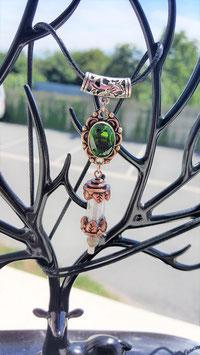 collier pendentif peridot tube laiton pierre de lune