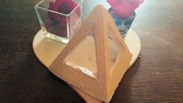 pyramide pierre