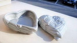 boite ceramique aile d'ange en forme de coeur
