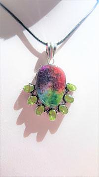 collier pendentif quartz pierres peridot