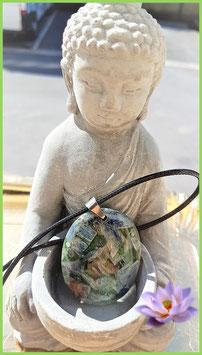 pendentif naturel cyanite 4 cm