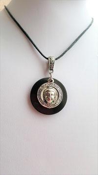 pendentif rond shungite bouddha metal