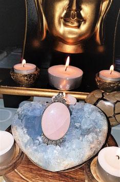pendentif quartz rose 4 x 3 cm