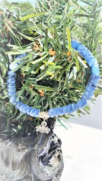 bracelet cyanite lotus