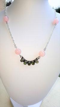 collier labra 5 pierres +4 perles pierre quartz rose