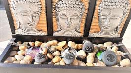 pendentifs pierre de lave graver