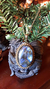 collier pierre labradorite 5x3,5 cm