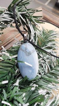 pendentif opale bleu