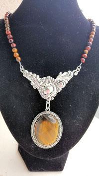 collier perles et cabochon oeil de tigre 5 cm