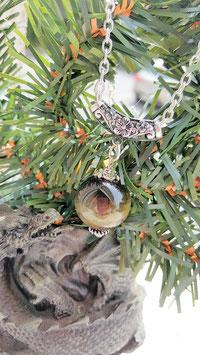collier sphere oeil de faucons