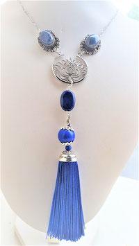 collier lapis lazuli ponpon